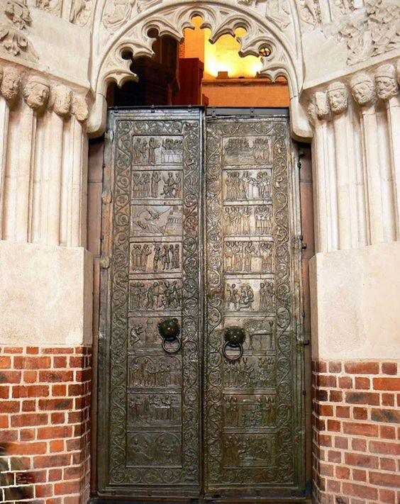 BRONZE DOORS OF GNIEZNO CATHEDRAL