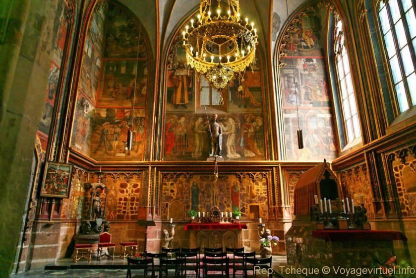 st-vitus-st-wenceslas-st-adalbert-cathedral-chapelle-saint-venceslas-prazsky-hrad-53 (1)