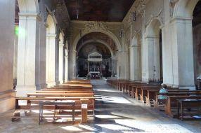 800px-San_Pancrazio_in_Gianiculo_(Roma)_-_interior