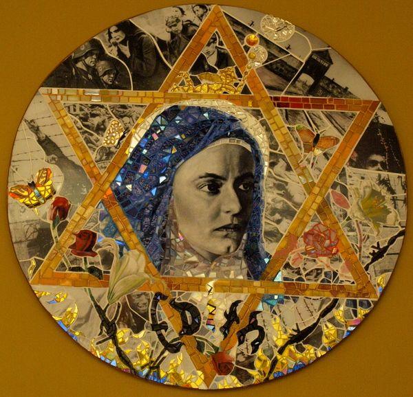 Le cas d'Edith Stein (Sainte Thérèse de la croix) 2e09752dfdf1820e22aaa38a8a4f875a-edith-stein-the-cross