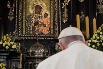 pope francis and our lady