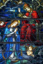 QUEENSHIP stained glass.2