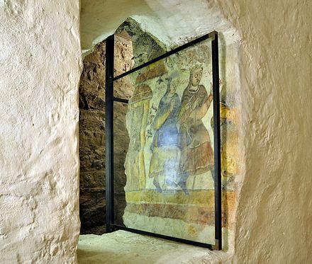 440px-Füssen_-_Klosterkirche_St._Mang33.in the crypt