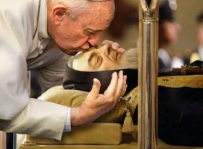pope francis and st pio