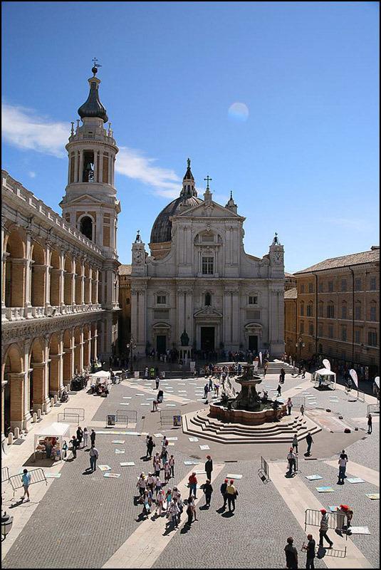 loreto square