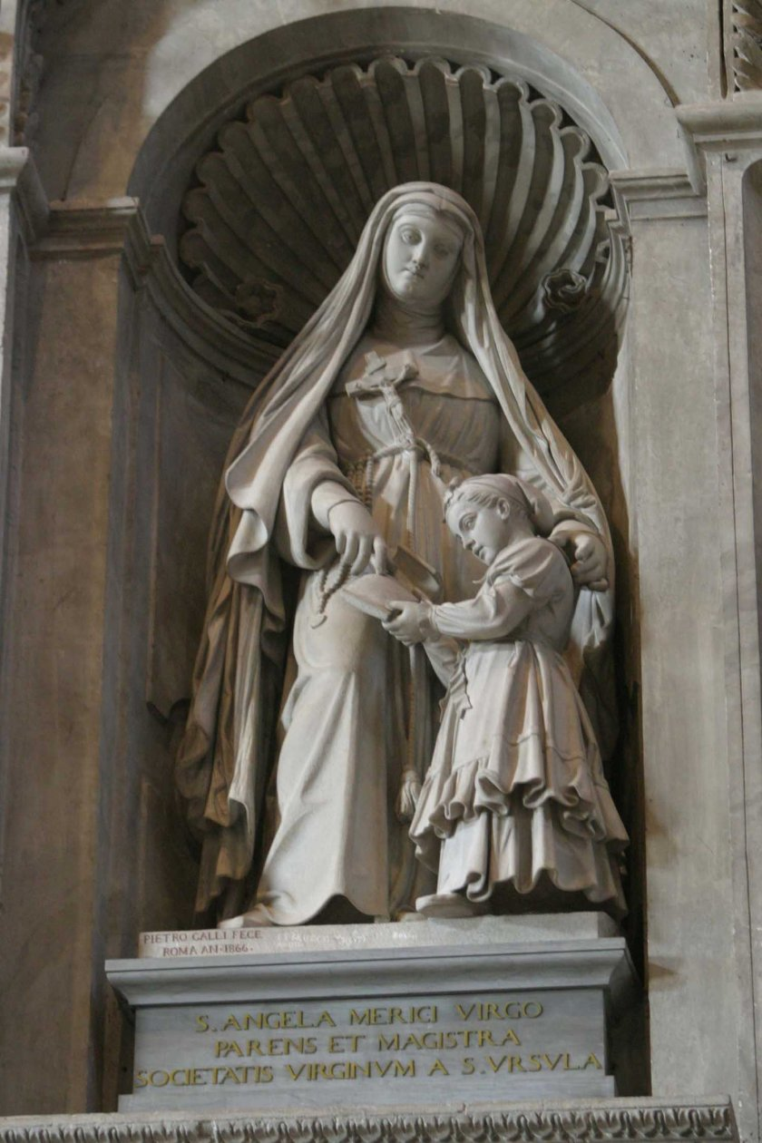 st-angela-merici-statue-in-st-peters-basilica