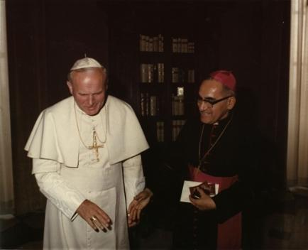 Óscar_Arnulfo_Romero_with_Pope_John_Paul_II_(1)