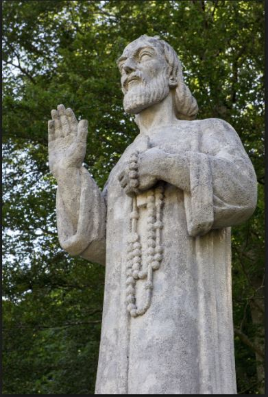 st nicholas - statue