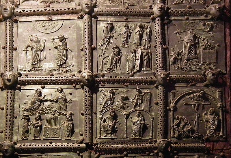 800px-Verona,_Basilica_di_San_Zeno,_bronze_door_004