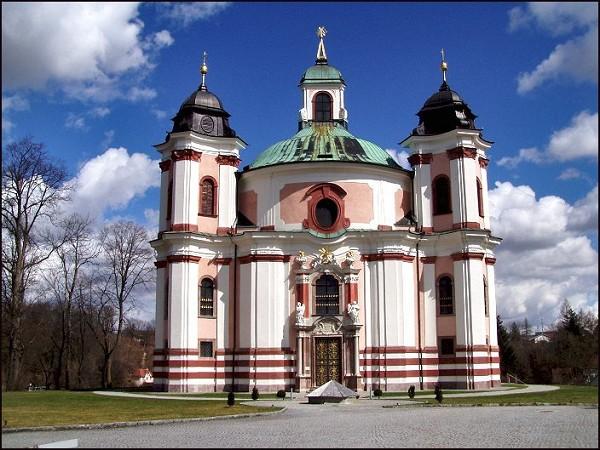 Dreifaltigkeitskirche_Stadl-Paura1