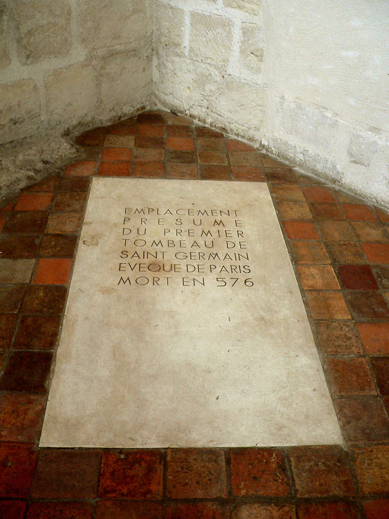 Tomb of st germanus-SGP_Chapelle_St_Symphorien_02