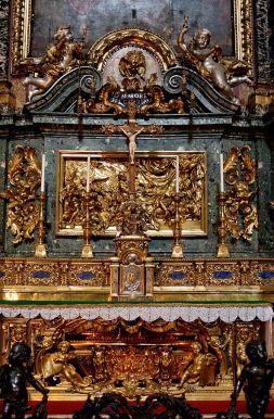 673px-Altar_St_Ignatius_Pozzo_n2