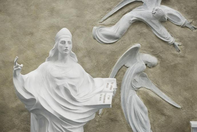 statue-of-st-john-the-evangelist