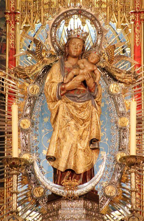502px-Virgin_de_la_Almudena_-_Catedral_de_la_Almudena
