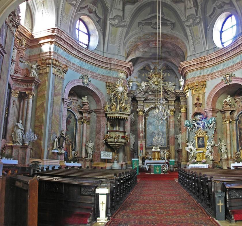 Ba-trinitary_church