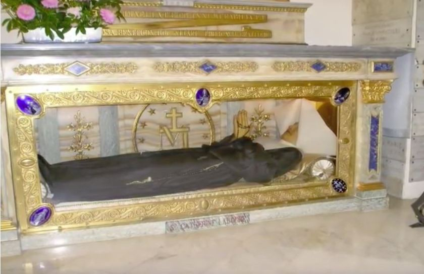 the Incorrupt body of St Catherine Laboure