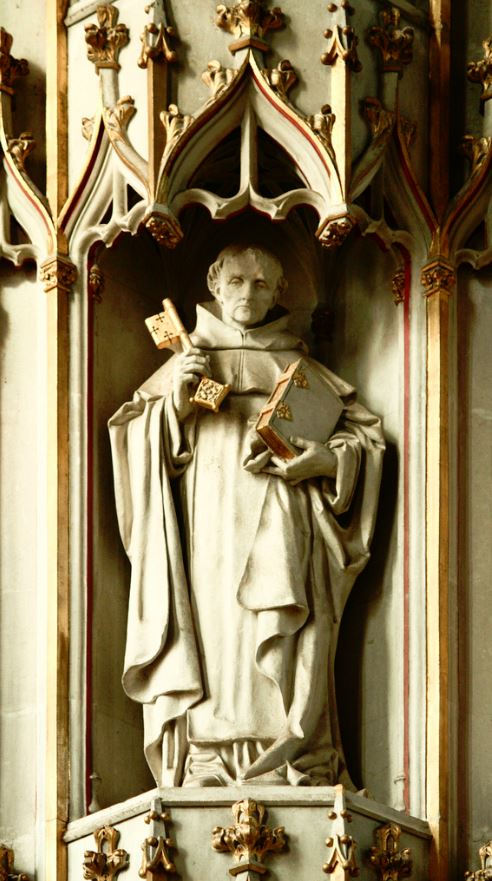 st raymondf penafort statue