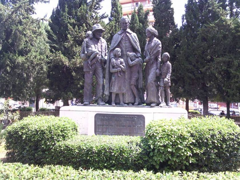 Giacomo_Cusmano_Monument,_Palermo