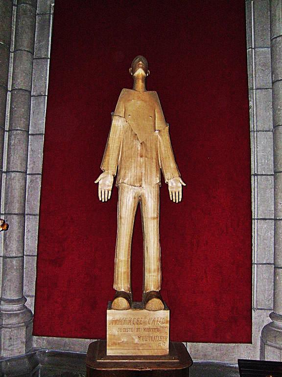 Statue_de_Marcel_Callo_en_l'église_Saint_Aubin_de_Rennes
