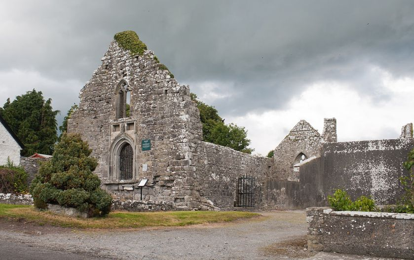 1024px-Lorrha_Priory_of_St._Ruadhan_SW_2010_09_04