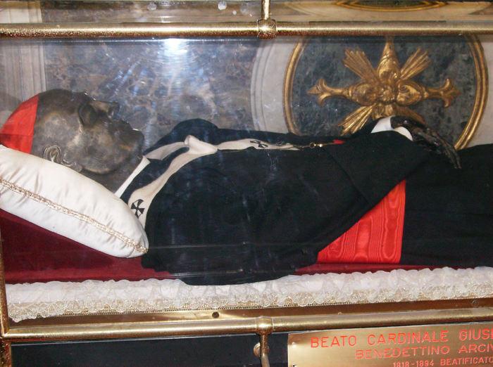 bl guiseppe shrine relics