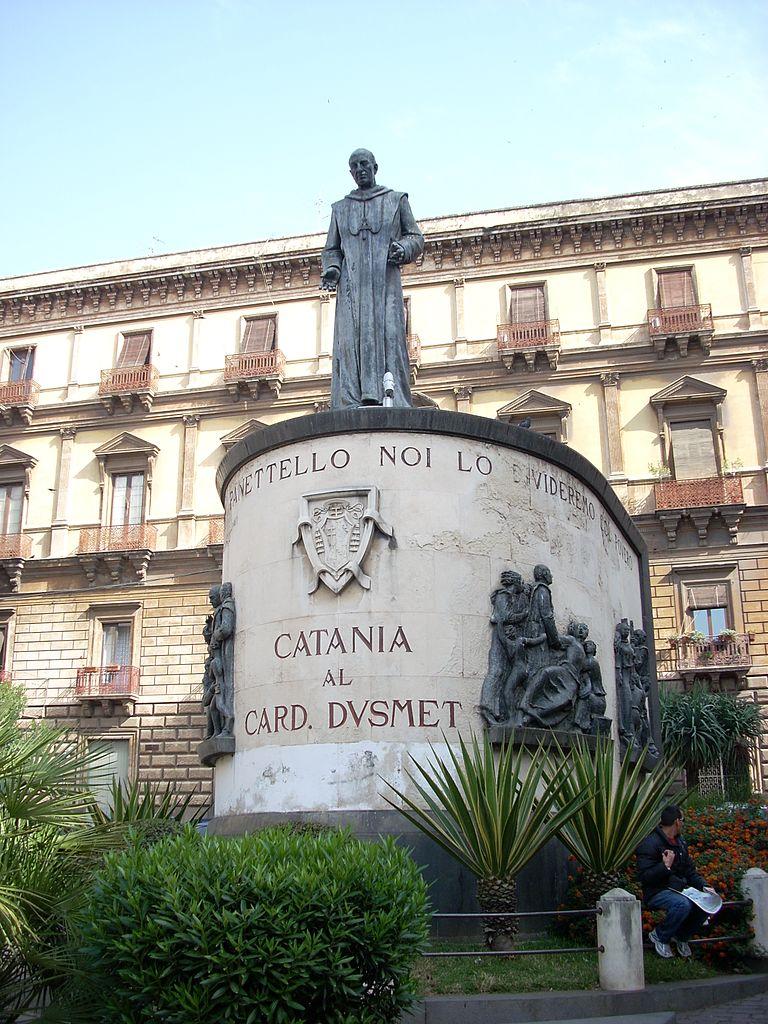 Catania_al_Cardinale_Dusmet_-_panoramio