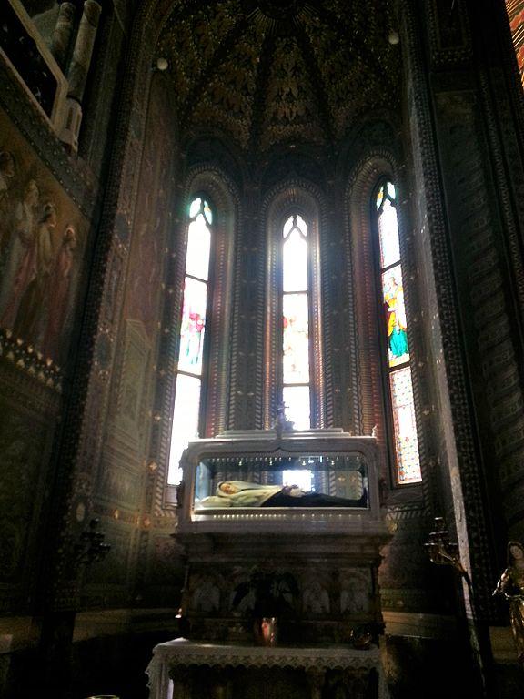 Vincenza_Gerosa_-_Santuario_delle_sante_Bartolomea_Capitanio_e_Vincenza_Gerosa