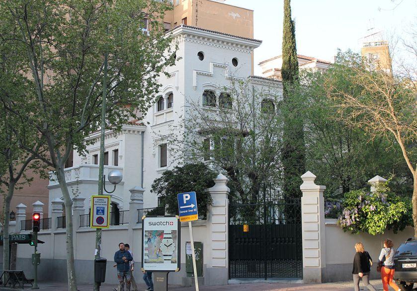 st pedro hq teresian i1024px-Palacete_de_José_Goyanes_Capdevila_(Madrid)_01