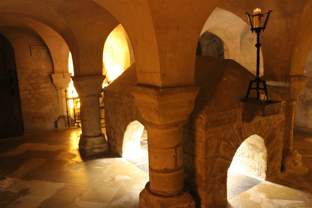 tombeau_de_st_philbert__eglise_de_noirmoutier__036508400_1638_06022013
