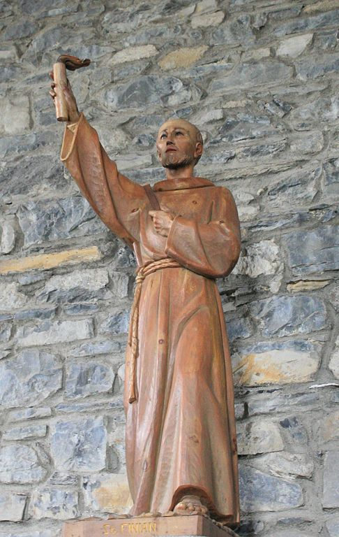 486px-Clonard_Church_of_St_Finian_Statue_St_Finian_2007_08_26