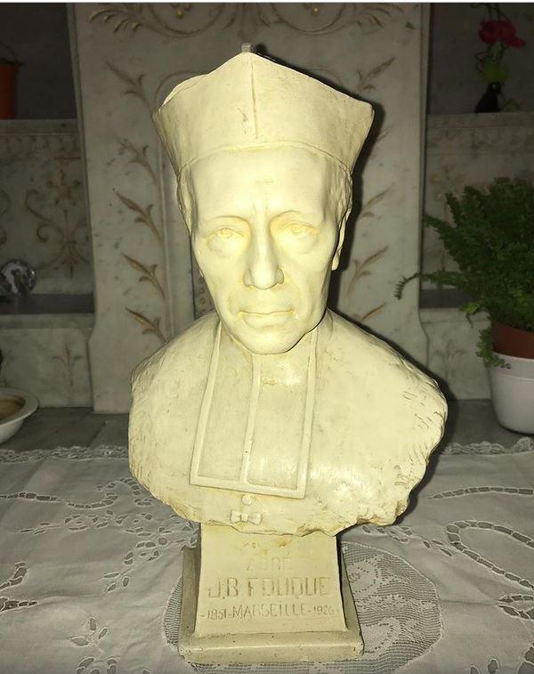 bl j b fouque bust statue