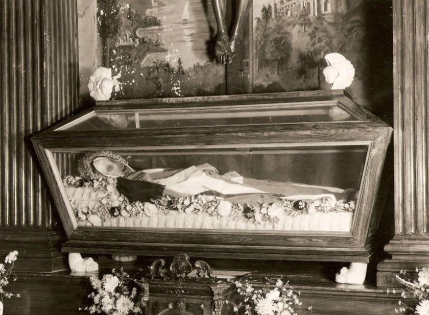 Blessed Maria Vittoria Relics 2 (1).jpg