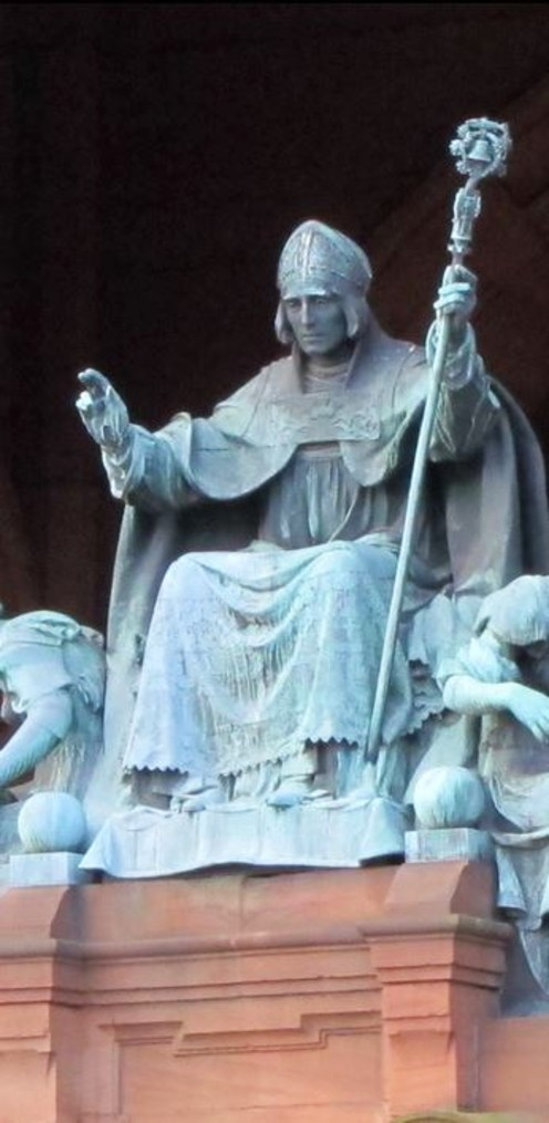 beautiful statue of st mungo at kelvingrove glasgow snip