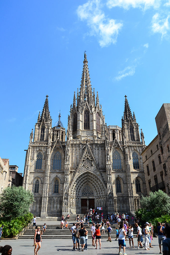 Cathedral_of_the_Holy_Cross_and_Saint_Eulalia