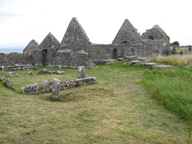 st enda monastery ruins