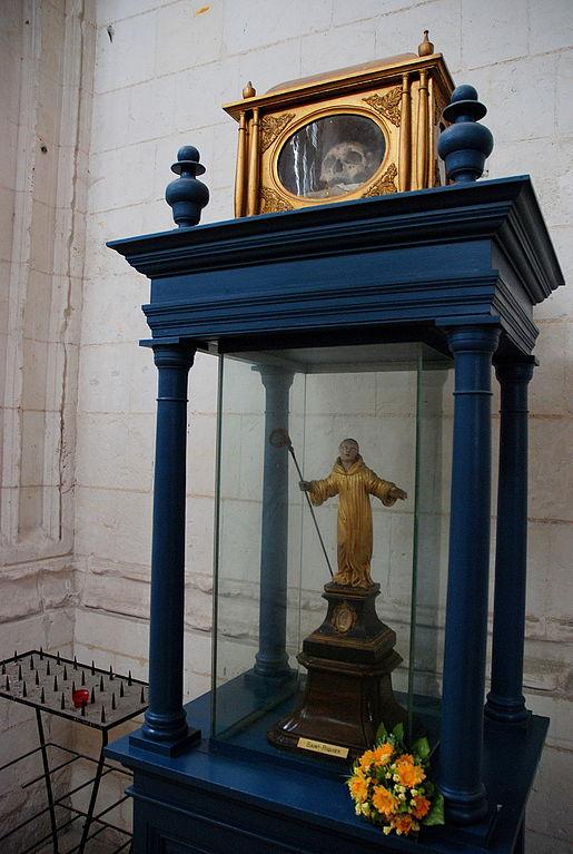 515px-Saint-Riquier_23-09-2008_10-47-36 st richarius relics
