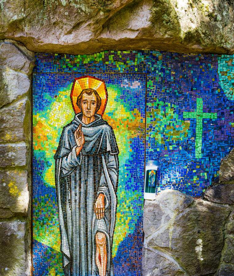 saint-peregrine-shrine-grotto-portland-oregon-80771912