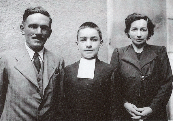 bl henri as a child with his mom and dad