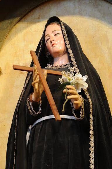 st mariana de jesus statue