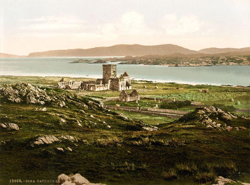 1024px-Iona_Cathedral,_Iona,_Scotland,_ca._1899
