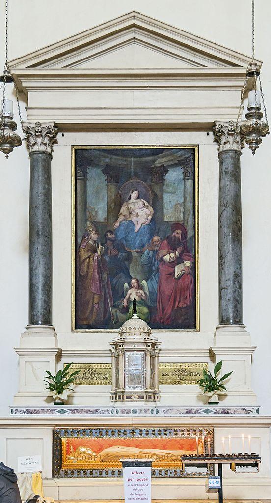 Duomo_(Treviso)_-_interior_-_Altare_del_Beato_henry of treviso Enrico_da_Bolzano