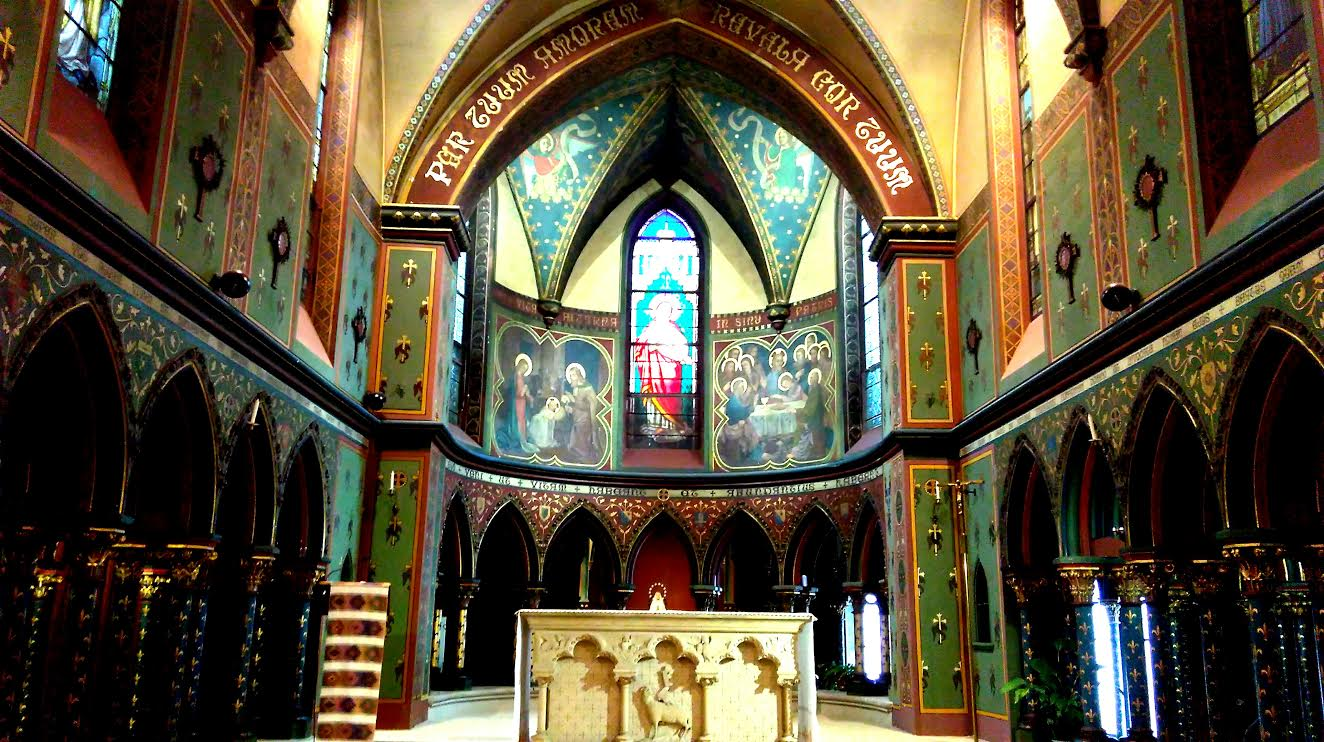 st louise-therese's chapel of sacred heart