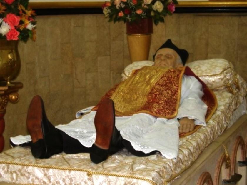 BL MARIANO DE JESUS BODY