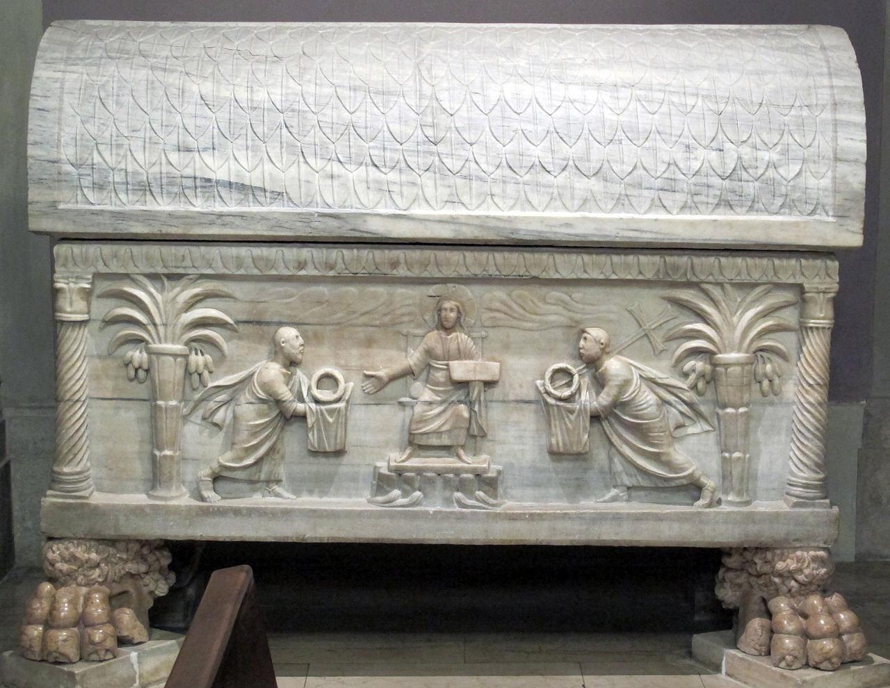 1280px- SHRINE OF BL RINALDO Duomo_di_ravenna,_cappella_della_madonna_del_sudore,_sarcofago_di_san_rinaldo_V_sec.